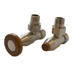 Комплект SCHLOSSER PRESTIGE, угловой сталь, для пластиковых труб GW M22х1,5 х 16х2 (круглая деревянная рукоятка), арт. 604500029