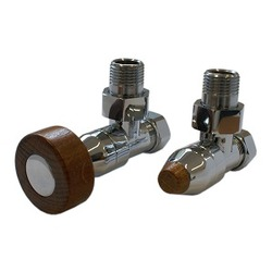 Комплект SCHLOSSER PRESTIGE, угловой хром, для пластиковых труб GW M22х1,5 х 16х2 (круглая деревянная рукоятка), арт. 604500011
